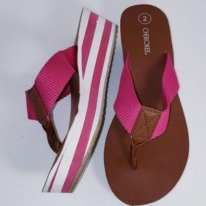 Girls Cherokee Wedge Thong Sandals 2